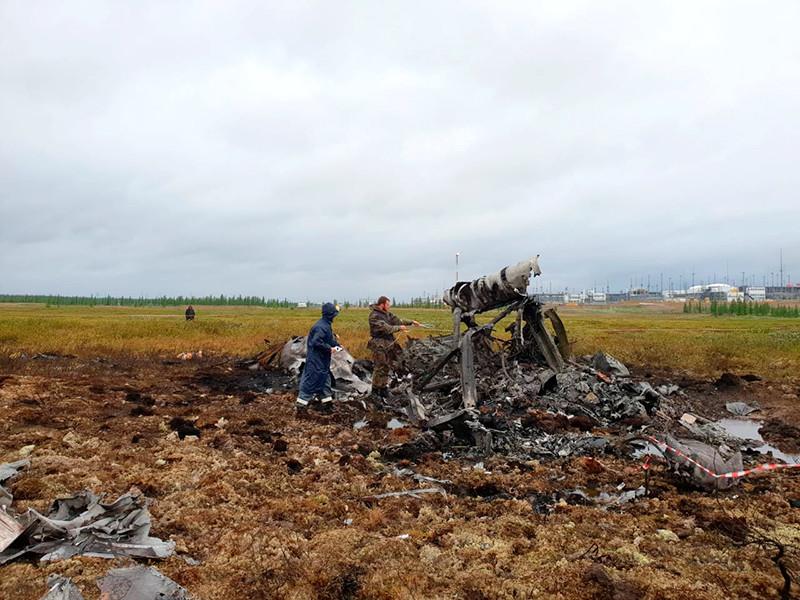 Пассажирский Ми-8 авиакомпании UTair рухнул в Красноярском крае, задев лопастями груз второго вертолета: 18 погибших