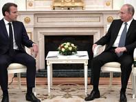 Макрон просил Путина помиловать Сенцова на Петербургском международном экономическом форуме в мае и перед финалом Чемпионата мира по футболу 15 июля в Москве