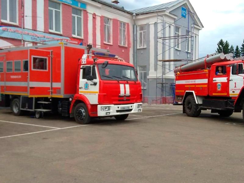 В городе Дзержинске Нижегородской области в одном из цехов оборонного завода имени Свердлова во время технологического процесса прогремел взрыв. О трех погибших стало известно сразу