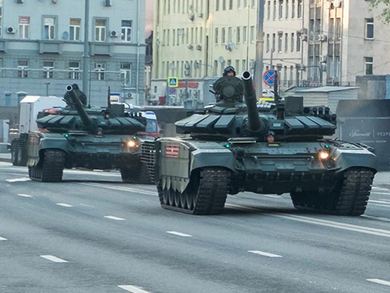 """Корпорация """"Уралвагонзавод"""" (УВЗ) ведет опытно-конструкторские работы над тяжелым штурмовым робототехническим комплексом на платформе танка Т-72Б3"""