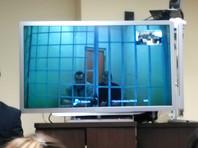 В августе 2015 года Северо-Кавказский окружной военный суд в Ростове-на-Дону признал Олега Сенцова виновным в организации террористического сообщества и приговорил его к 20 годам колонии строгого режима. По этому же делу был осужден активист Александр Кольченко, которому дали 10 лет тюрьмы