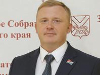 """Коммунист Ищенко, проигравший единороссу в Приморье, подал заявление в СК, """"послал"""" гонцов соперника и надеется на третий тур"""