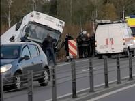 """В Подмосковье опрокинулся автобус с работниками """"Магнита"""", пострадали более 20 человек (ВИДЕО)"""