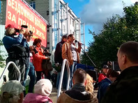 В Петербурге прошли митинг обманутых дольщиков и присоединившаяся к нему акция противников повышения пенсионного возраста