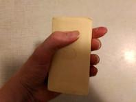 Новосибирская пенсионерка подарила министру набор с мылом и веревкой