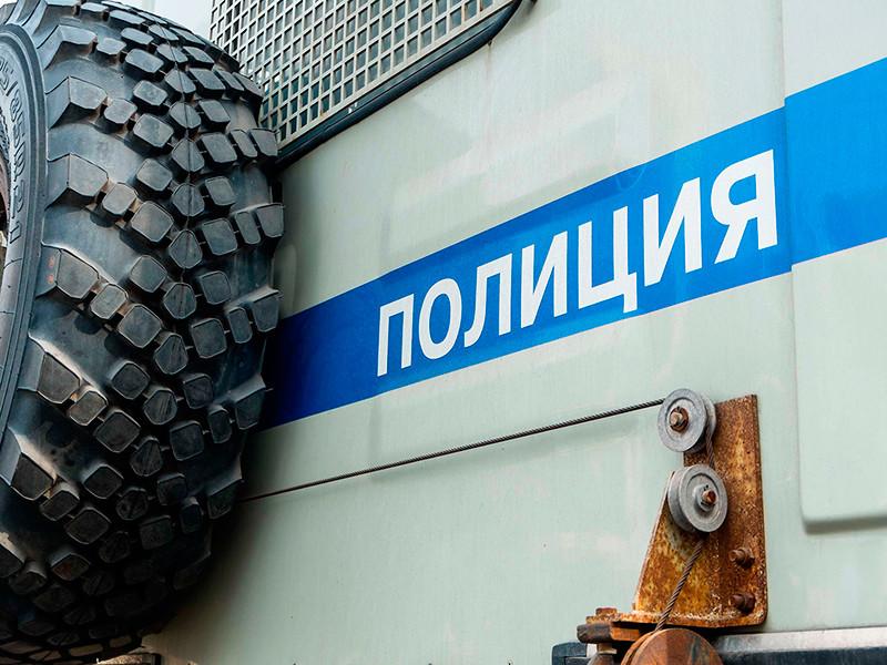 """мбудсмены Петербурга обвинили полицию в немотивированных задержаниях на акции по делам """"Нового величия"""" и """"Сети"""""""
