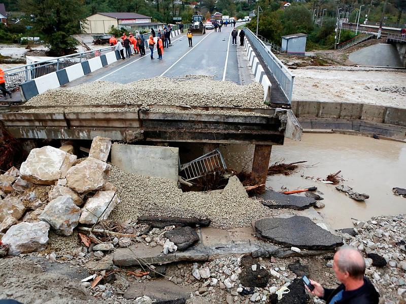 Число погибших при наводнении на Кубани возросло до шести человек