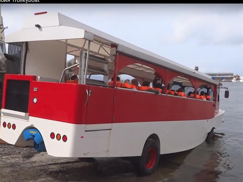 """Москва собирается потратить полмиллиарда рублей на экскурсионные автобусы-""""ихтиандры"""", пополнив парк """"дорогих игрушек"""" вслед за электробусами"""
