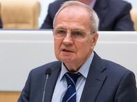 """Глава КС предложил внести """"точечные изменения"""" в Конституцию для устранения ее недостатков"""
