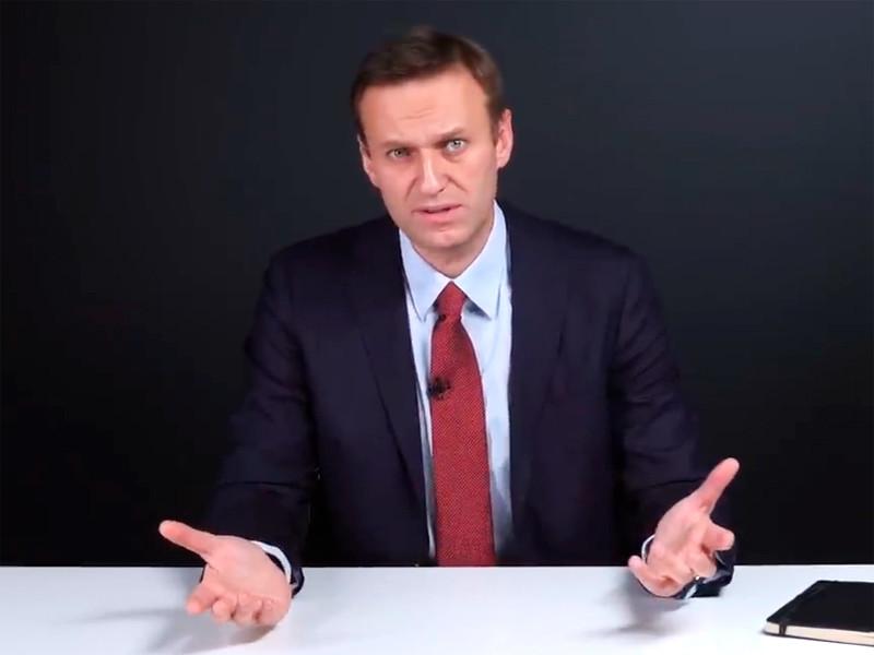 """Основатель Фонда борьбы с коррупцией (ФБК) оппозиционер Алексей Навальный объявил в своем блоге о старте проекта """"Умные выборы"""", который, по его оценке, позволит """"разрушить монополию """"Единой России"""" на власть и побеждать сильным кандидатам в округах"""