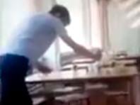 Прокуратура Омска проверит школу, ученики которой выжимали грязные тряпки в тарелки с едой (ВИДЕО)