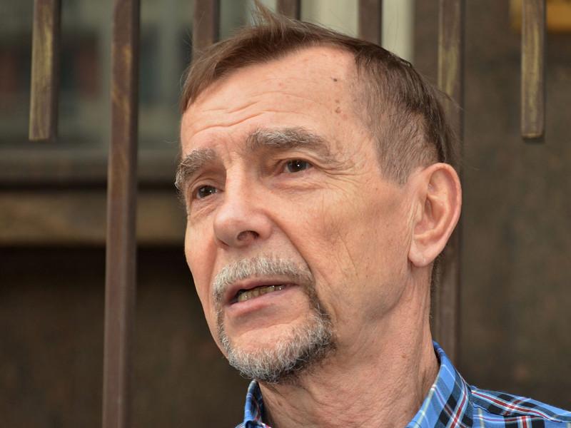 """Правозащитник Лев Пономарев связал отказ в грантах с тем, что он выступает в поддержку фигурантов дел """"Сети"""" и """"Нового величия"""