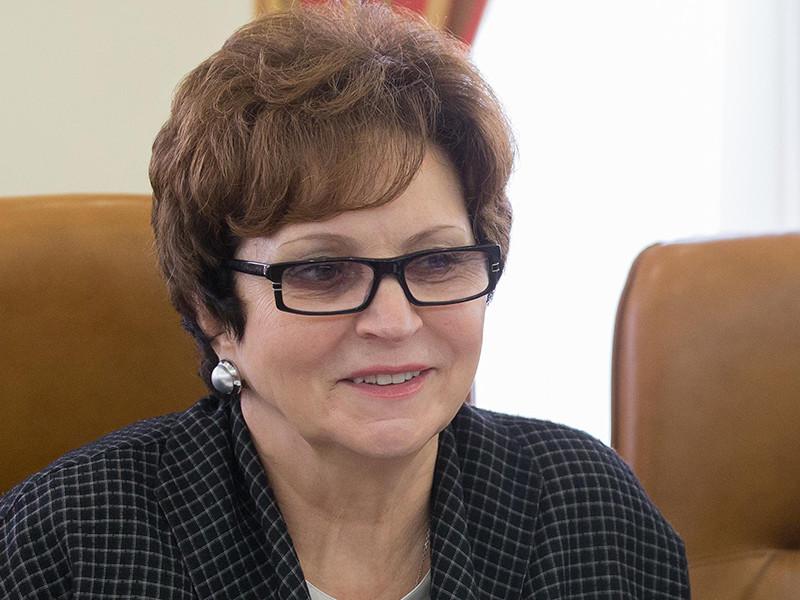 Сенатор от Брянской области Екатерина Лахова согласилась, что на 3500 рублей в месяц прожить трудно