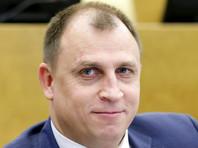Депутат Госдумы предложил лишать родительских прав россиян, чьи дети активно протестуют