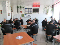 """Заключенных в РФ кормят на 72 рубля в сутки, посадив на """"голодный паек"""""""