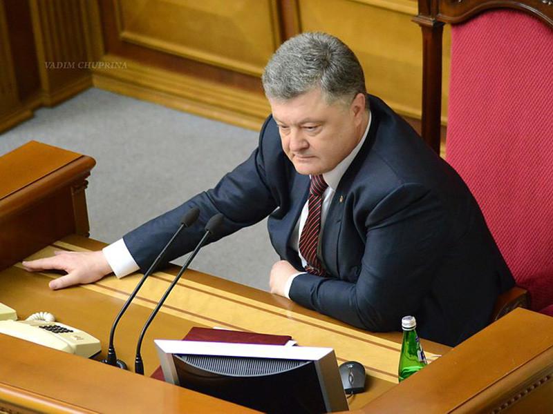 Президент России Владимир Путин объяснил отказ от телефонных переговоров с президентом Украины Петром Порошенко нежеланием участвовать в его избирательной кампании