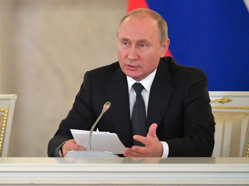 """""""Репрессии против правоохранительных органов и судей нам не нужны"""", - подчеркнул Владимир Путин на заседании СПЧ"""