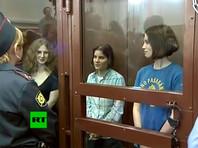 В августе 2012 года Хамовнический суд Москвы приговорил всех трех задержанных участниц Pussy Riot к двум годам в колонии общего режима за хулиганство. Позднее, осенью того же года, Московский городской суд заменил реальный срок для Самуцевич на условное наказание