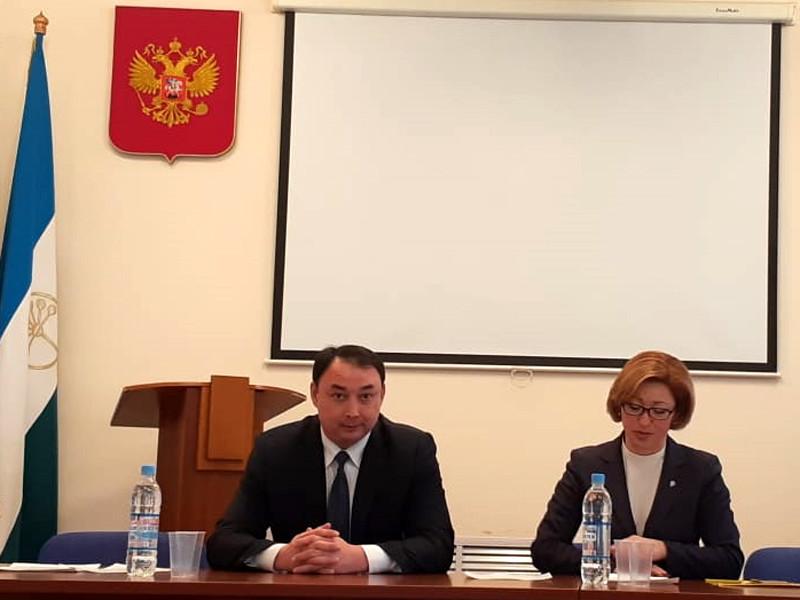 """В Башкирии сменили министра образования, которая ради """"эксперимента"""" писала с ошибками и обвинялась в плагиате"""