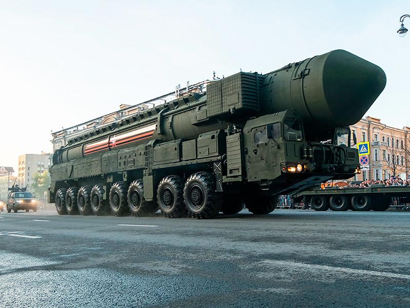 """До конца года в войска планируется поставить около 100 новых образцов вооружения, среди которых ракетные комплексы """"Ярс"""" стационарного и мобильного базирования"""