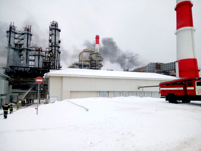 "Пожар на НПЗ ""Башнефти"" в Уфе ликвидирован, пострадавших нет"