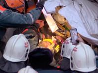 Состояние 10-месячного младенца, который провел 30 часов под завалами дома в Магнитогорске, тяжелое
