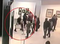 Задержанный по подозрению в похищении картины Архипа Куинджи из Третьяковской галереи Денис Чуприков признался в краже и заявил, что хотел продать картину и расплатиться с долгами