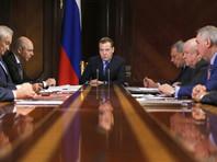 """""""Хватит болтать, куда мы полетим"""": Медведев обрушился на Роскосмос и его траты, но пообещал корпорации еще полтриллиона"""