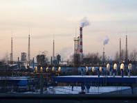 """Москвич просит суд остановить НПЗ и взыскать с """"Газпром нефти"""" 5 млн рублей за отравление воздуха"""