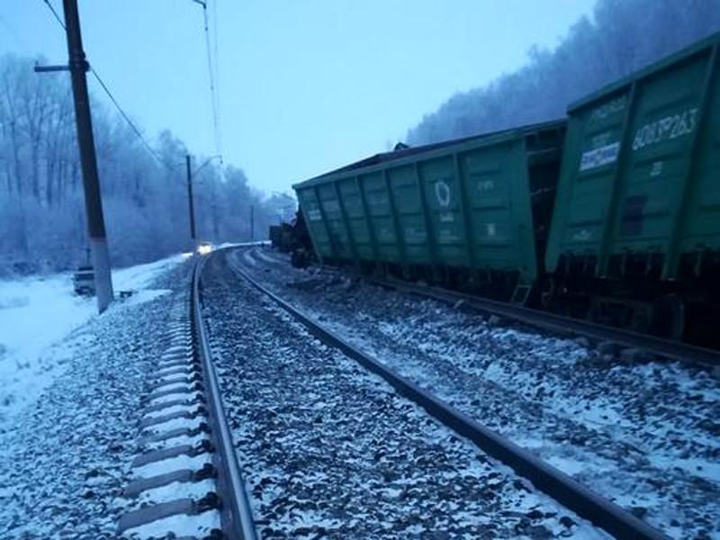 14 железнодорожных вагонов сошли с рельсов 9 января в Оренбургской области, пострадавших нет