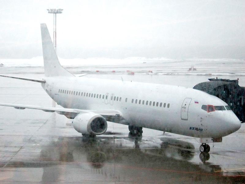Снегопад привел к задержке 50 рейсов в московских аэропортах