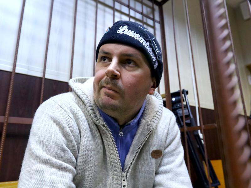 """Присяжные оправдали экс-сотрудника АФК """"Система"""", осужденного на 8 лет за взрыв гранаты на остановке транспорта"""