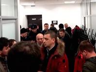 """В Москве полиция ворвалась в офис """"Открытой России"""", где организовали трансляцию с Михаилом Ходорковским"""