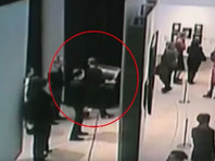 Смотрительницу Третьяковки, оцепеневшую во время кражи картины Куинджи, уволили по ее собственному желанию