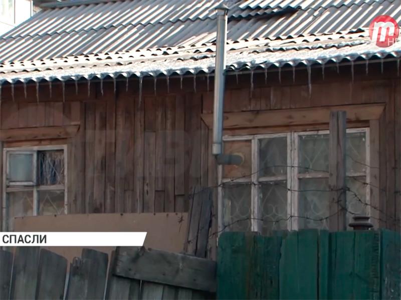 В Бурятии 4-летний ребенок провел 5 суток в запертой квартире возле трупа бабушки