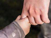 В Ленинградской области у женщины забрали 10-месячного ребенка в счет долга