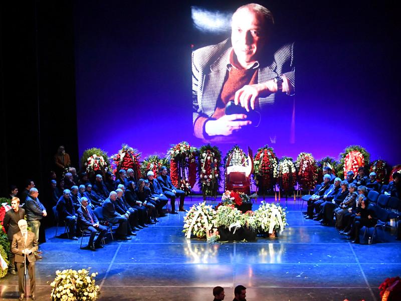 Сергея Юрского похоронили на Троекуровском кладбище в Москве