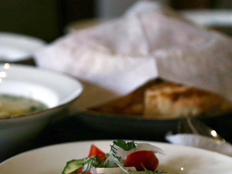 Ульяновских гимназистов накормили вафлями с червями