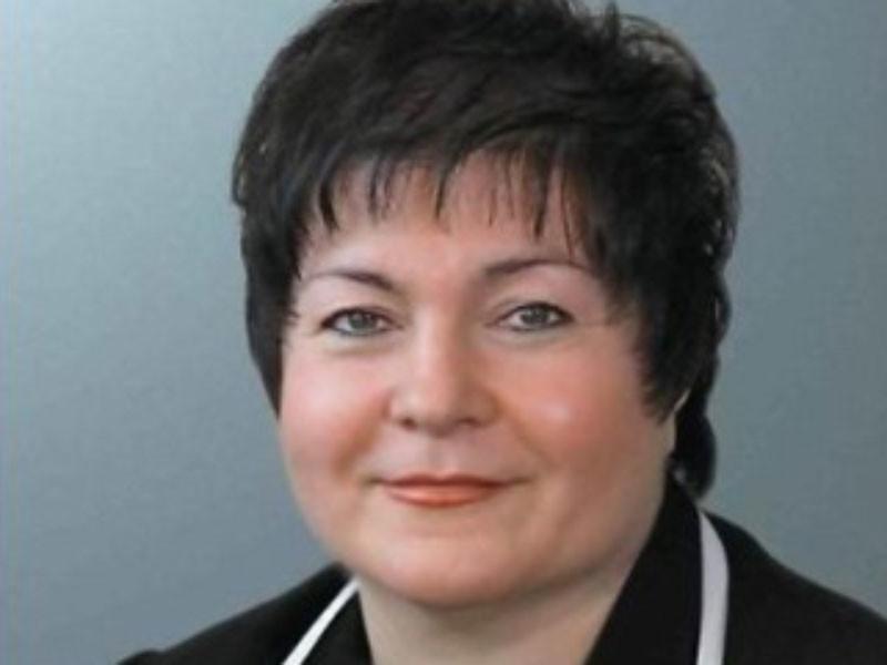 Депутат городской думы Екатеринбурга Елена Дерягина предложила отменить бесплатное питание для школьников с первого по четвертые классы и платить за еду родителям