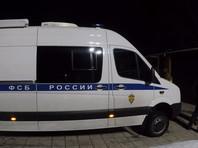 В ночь на 13 марта органы ФСБ РФ получили информацию о том, что в частном доме в селе Екатериновка Безенчукского района Самарской области находится вооруженный человек, планировавший совершить теракт