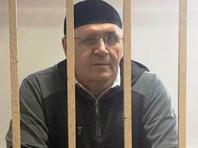 """Прокуратура попросила приговорить главу чеченского """"Мемориала"""" Оюба Титиева к четырем годам колонии"""