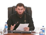 """Убивать не будем, но """"повеселим"""": спикер чеченского парламента объявил кровную месть блогеру из-за слов о Кадырове"""