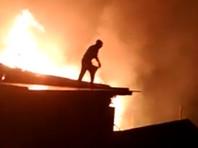 В дагестанском селе Тисси-Ахитли горит около 20 частных домов (ВИДЕО)
