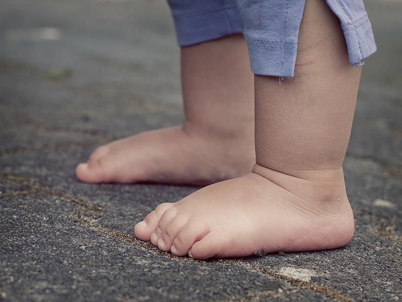В Новосибирской области возбуждено уголовное дело по факту разглашения информации о наличии у приемного ребенка ВИЧ-инфекции, сообщается на сайте регионального управления Следственного комитета