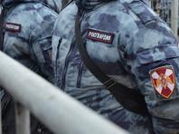 На место происшествия были вызваны сотрудники вневедомственной охраны Росгвардии, двое неизвестных были задержаны