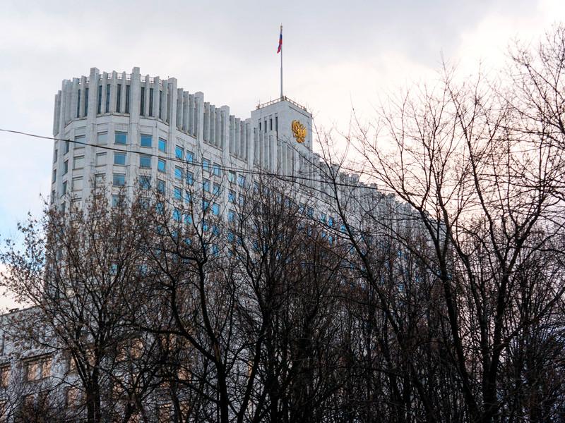 Вице-премьер РФ Дмитрий Козак заявил о подписании новых соглашений с нефтяными компаниями о стабилизации рынка топлива