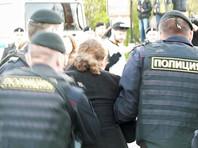 """Среди главных нарушений в России правозащитники перечисляют необоснованные аресты и обыски. Россия названа в докладе """"Репортеров без границ"""" страной с авторитарным режимом, где """"Кремль усиливает давление на Интернет и независимые СМИ"""""""