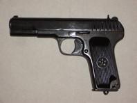 В Подмосковье участник исторической реконструкции случайно выстрелил в себя из охолощенного пистолета ТТ