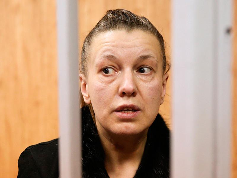 Эксперты признали невменяемой Ирину Гаращенко - мать девочки, найденной в захламленной квартире на Ленинградском шоссе