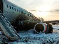 """В аварии с SSJ-100 в Шереметьево """"много непонятного"""": эксперты сомневаются в версии о пожаре из-за молнии"""